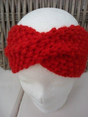 Handarbeit Cappello a maglia rosso