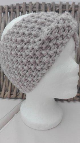 Handarbeit Cappello a maglia beige-color cammello