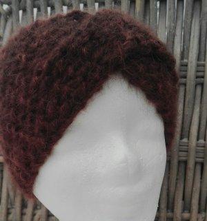 Handarbeit Knitted Hat dark brown-cognac-coloured