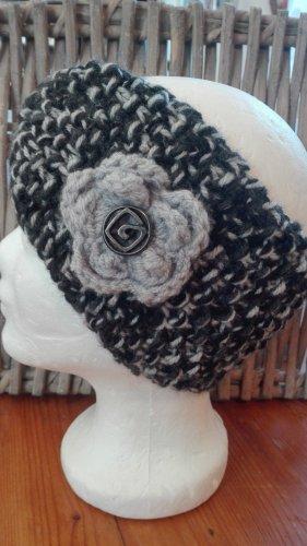 Handmade Cappello a maglia nero-grigio chiaro