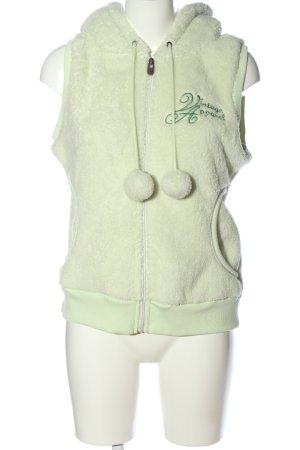 Stitch & Soul Chaleco con capucha verde letras bordadas look casual