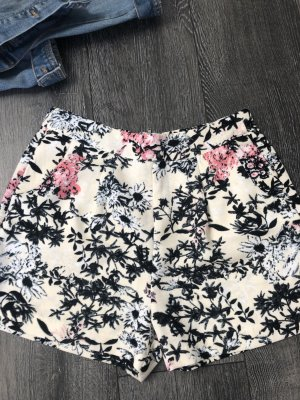 Stoff-Shorts mit Flowerprint