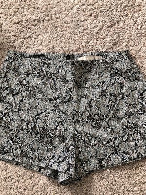 Stoff Shorts mit Muster