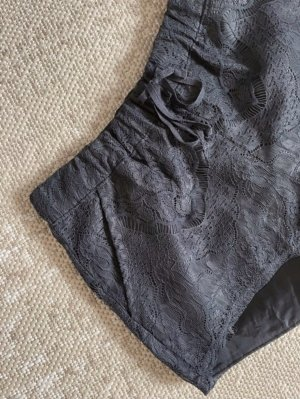 Stoff Shorts Spitze