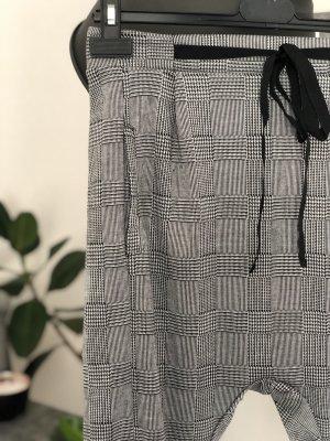 Pantalón abombado negro-blanco