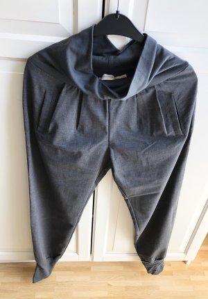 Stoffhose grau mit elastischen Bündchen Gr. M