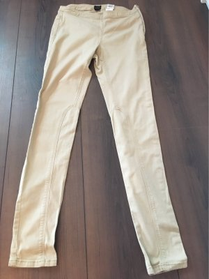 Stoffhose mit seitlichem Zip