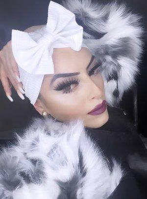 Chapeau en tissu blanc