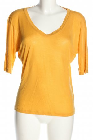 Storm & Marie Oversized Shirt light orange casual look