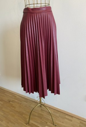 Stradivarius Faux Leather Skirt bordeaux
