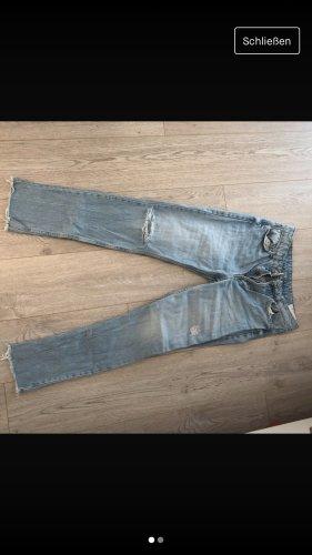 Straight Jeans von Bershka