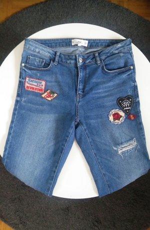 Straight leg Jeans mit Patches von Mango