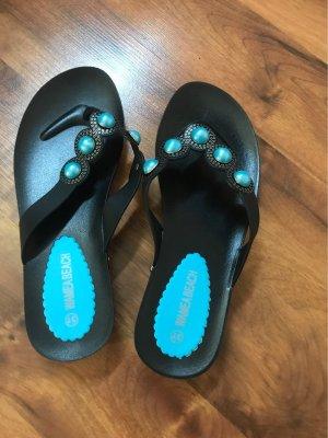Sandalo infradito nero-azzurro