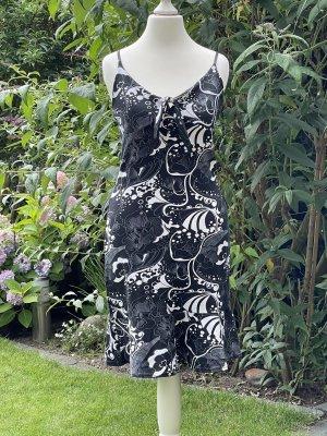 Vestido playero negro-blanco