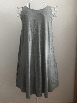 H&M Vestido playero color plata-gris