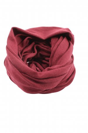 Strange Snood red casual look