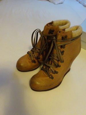 Strategia Ankle Boots Taupe 41(40,5) NEU
