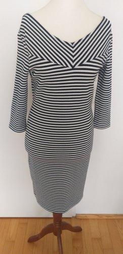 Strechiges Kleid