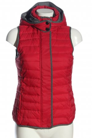 Street One Down Vest red quilting pattern casual look