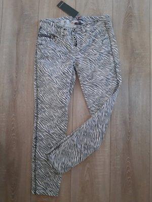 Street One Jeans Animal Zebra schwarz weiß Gr. 25/28 S 36 Neu mit Etikett