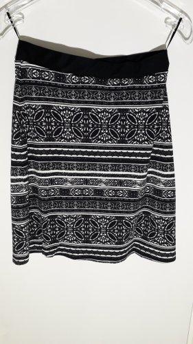 Street One Spódnica ze stretchu czarny-biały Poliamid