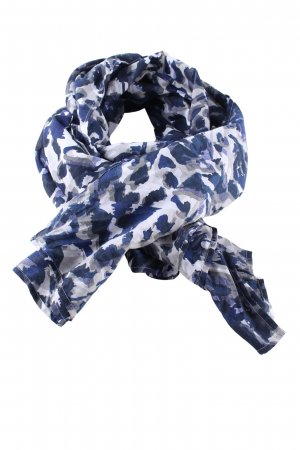 Street One Shoulder Scarf abstract pattern casual look