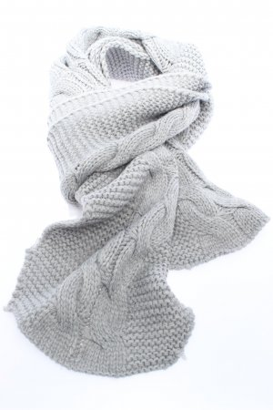 Street One Knitted Scarf light grey cable stitch elegant