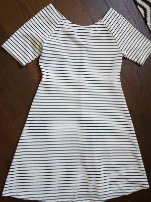 Streifen Zara Kleid