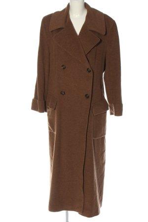 Strenesse Abrigo largo marrón moteado look casual