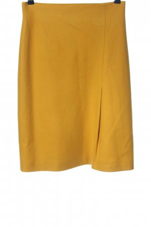 Strenesse Gabriele Strehle Falda de lana naranja claro look casual