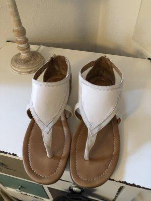 Strenesse Sandały japonki z rzemykami w kolorze białej wełny Skóra