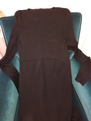 Strenesse Schwarzes Kleid mit langem Arm