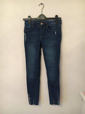 H&M Jeansy ze stretchu niebieski