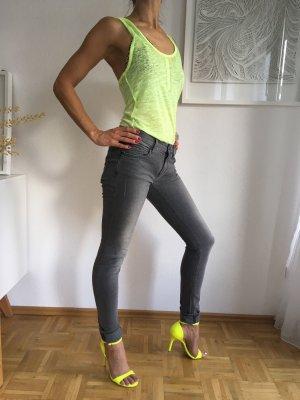 Stretch Jeans mit Nieten drykorn