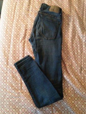 Zara Trafaluc Pantalón de tubo azul oscuro