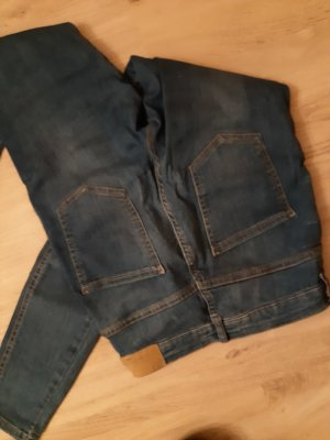 Stretchjeans Gina Tricot, M