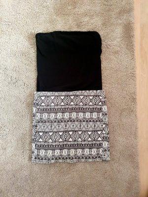 Stretchrock taliert schwarz weiß