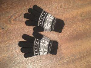 Gants en tricot noir-blanc