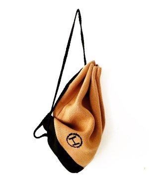 strick rucksack • vintage • camelfarben • schwarz