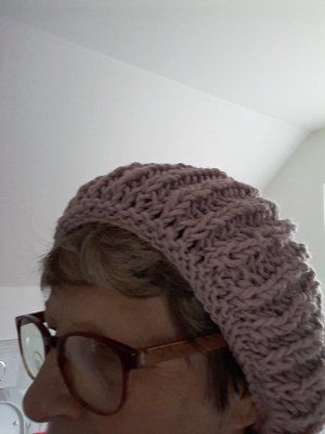 Bid Handmade Bonnet mauve fibre textile