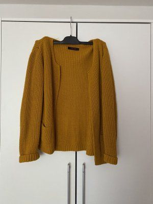 Cardigan a maglia grossa giallo-oro