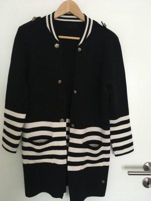 Cappotto a maglia nero-bianco sporco