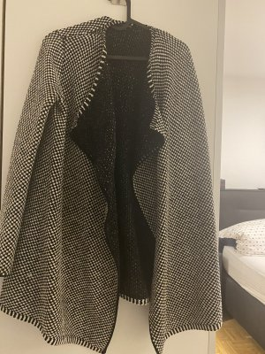 Comma Coarse Knitted Jacket white-black