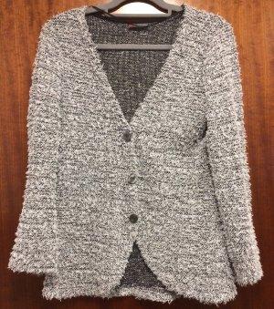 Strickjacke / Cardigan in schwarz-weiß