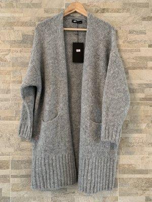Abrigo de punto gris tejido mezclado