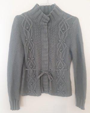 Strickjacke in salbeigrün H&M Wiesn-Style