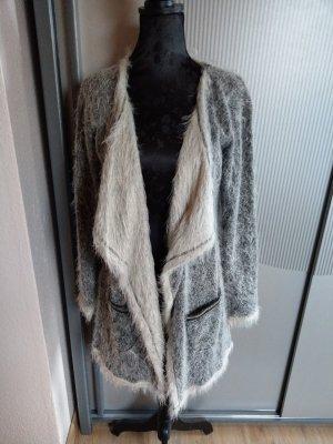 Strickjacke Jacke flauschig Tredy grau beige