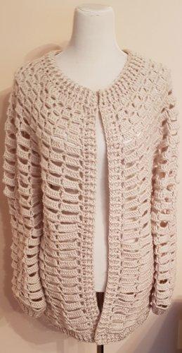 Szydełkowany sweter kremowy