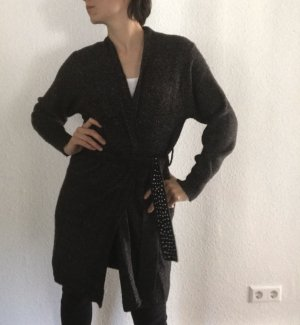 Strickjacke mit Bindegürtel