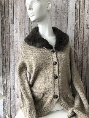 C&A Wełniany sweter beżowy